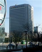 原発輸出大国を目指す韓国電力公社の本社ビル=ソウル(小路克明撮影)