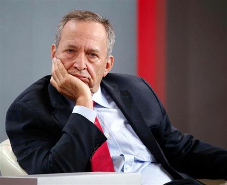サマーズ元米財務長官は最新のコラムで現政権を批判した(ブルームバーグ) サマーズ元米財務長官は最